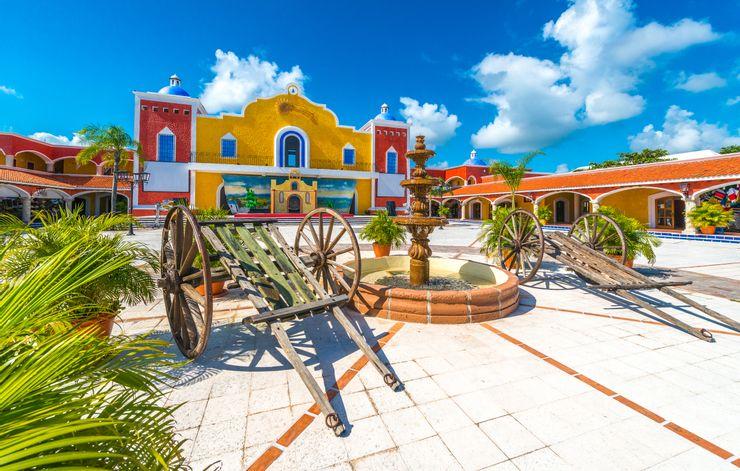 Caribbean có những thị trấn, địa danh lịch sử gắn với những truyền thuyết về cướp biển và kho báu bí ẩn của họ. Những toà nhà tại các thị trấn, thành phố được sơn màu sắc sặc sỡ. Ảnh: Shutterstock