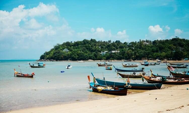 Thái Lan đang đề xuất cho các đảo là Koh Samui, Koh Phangan, Koh Tao đón khách từ 15/7. Ảnh: Anthony Delanoix/Unsplash