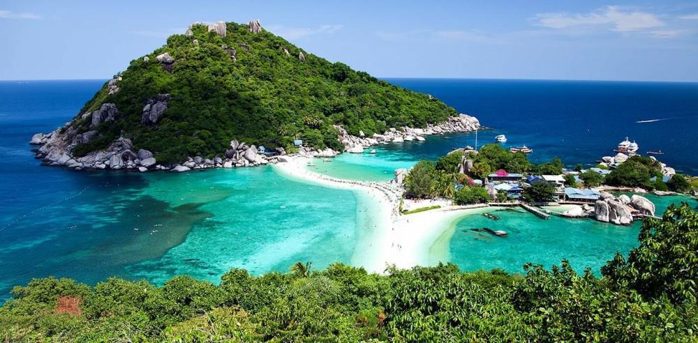 Quá trình khách đến và rời đảo cũng đều được tỉnh lên kế hoạch chi tiết. Ảnh: Pattayanews