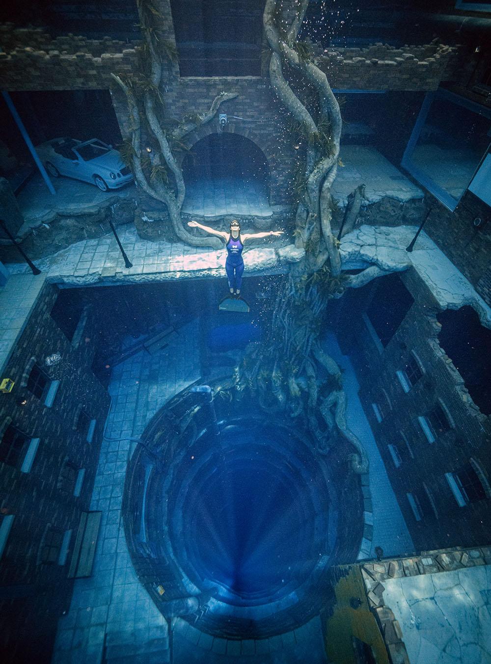 Deep Dive Dubai sâu hơn 15 m so với bể lặn Deep Spot ở Ba Lan - nơi lập kỷ lục bể lặn sâu nhất thế giới năm 2020.
