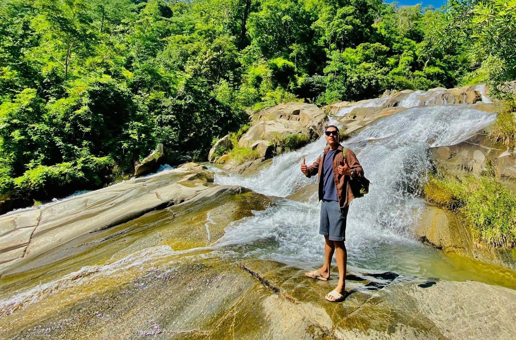 Suối nước hoang sơ ít người biết gần vườn quốc gia Phước Bình