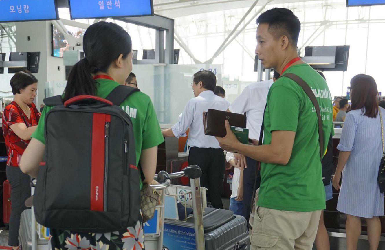 Những vị khách Việt vô tư khi đi tour nước ngoài