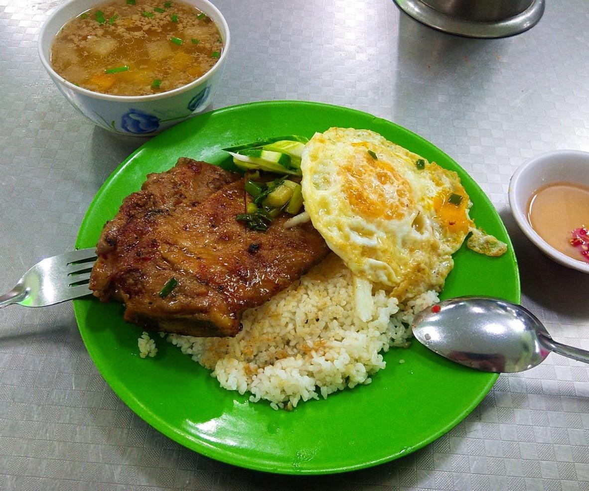Đủ món ngon ở quán quen Sài Gòn bán mang về - 3