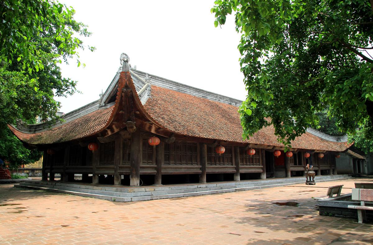 Đình Đình Bảng vẫn giữ gần như nguyên vẹn kiến trúc cách đây 300 năm. Ảnh: Phan Dương