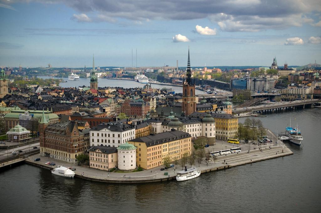 Không chỉ thủ đô, mọi thành phố ở quốc gia này đều rất sạch sẽ, không khí trong lành. Ảnh: Wiki