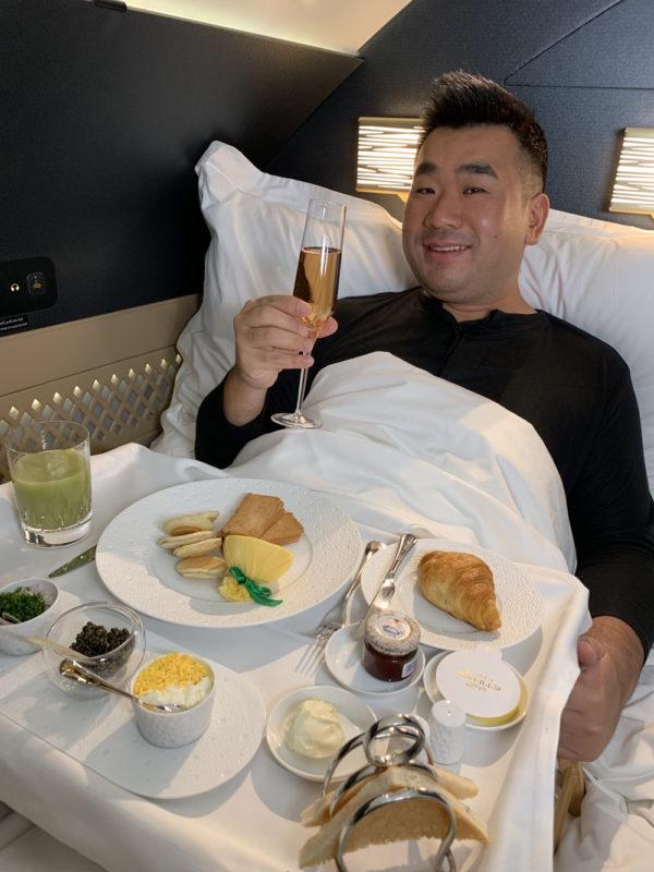 Hành khách Residence trên chuyến bay từ Abu Dhabi (Các tiểu vương quốc Ảrập thống nhất) đến Seoul (Hàn Quốc). Ảnh: Sam Chui