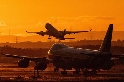 Cặp đôi người Anh đã bị tước đi kỳ nghỉ ngay trước khi máy bay cất cánh. Ảnh: Boris Roessler/Globallookpress